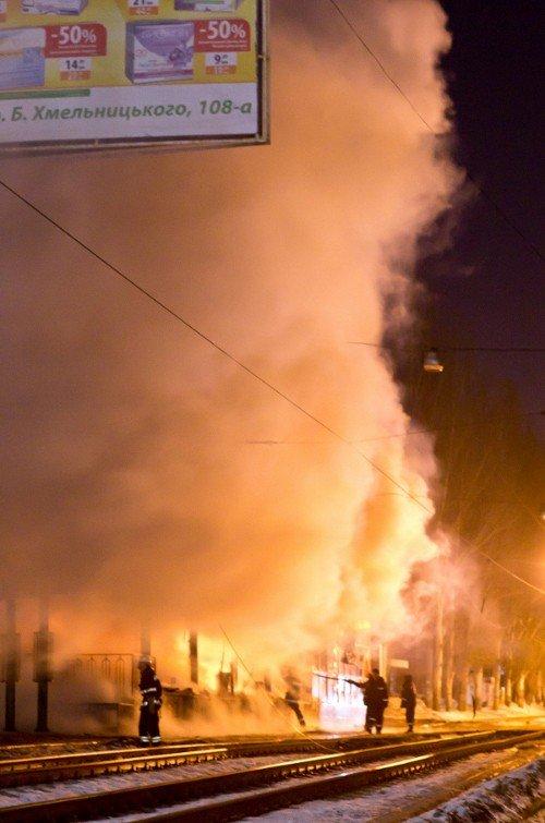 Как в Донецке горел «Истамбул» - уникальные фото, снятые очевидцем (фото), фото-2