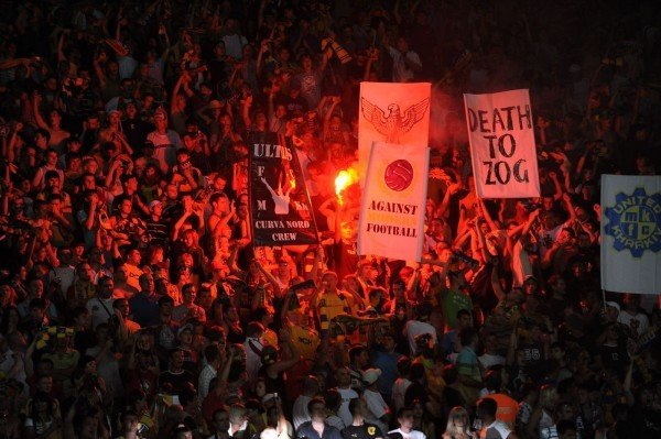 Харьковские футбольные фаны выступили против закона, запрещающего драки и петарды на стадионах (фото), фото-3