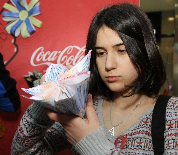 Икебана по-донецки, или Как пластиковые бутылки превращали в цветы  (фото), фото-2