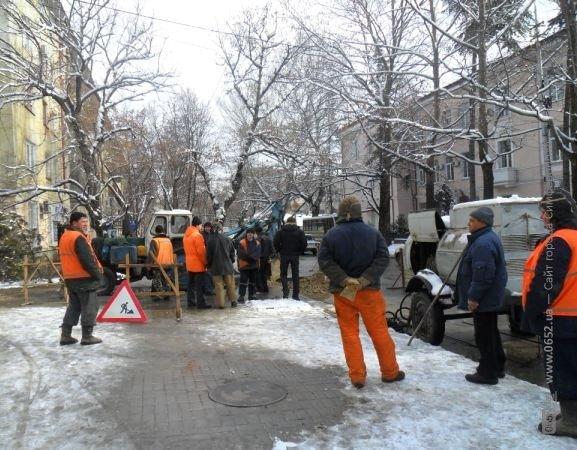 Движение по улице Павленко Симферополя затруднено (фото), фото-4