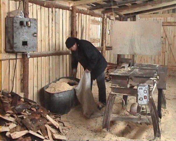 В Свердловске милиция накрыла копанку, где с шахтерами обещали расплачиваться углем (ФОТО), фото-5