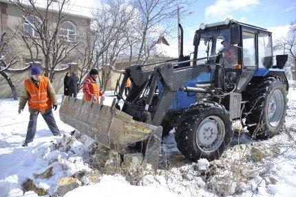 Передел мусора в Симферополе. За уборку свалок в городе теперь отвечает «РАФ+» (фото), фото-2