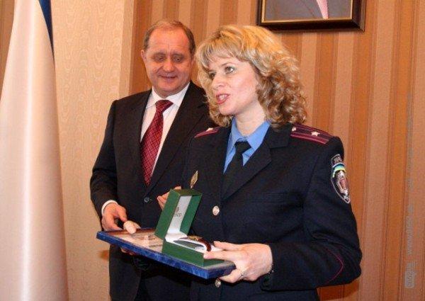 Накануне 8 Марта Могилев читал дамам стихи и раздавал индульгенции от ГАИ (фото), фото-7