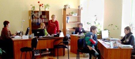 Графік роботи львівських відділів соціального захисту розширили, фото-4