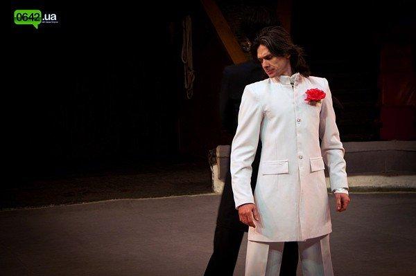 Щенки, подброшенные к служебному входу Луганского цирка, стали всемирно известными артистами (ФОТО), фото-4