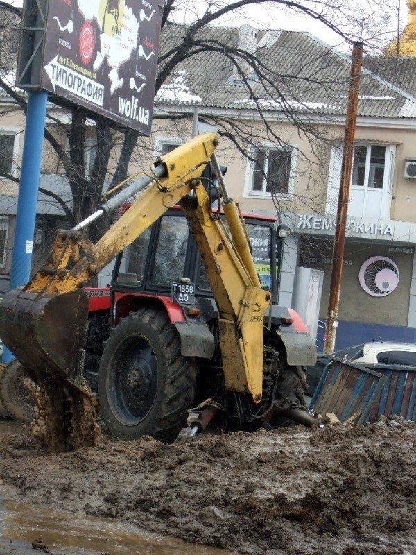 Изношенная водопроводная сеть Донецка уже не выдерживает  перепад температур (фото), фото-4