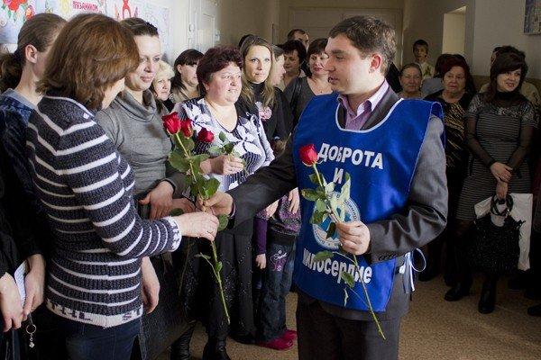 Весна в Луганск, тепло в сердца (ФОТО, ВИДЕО), фото-2