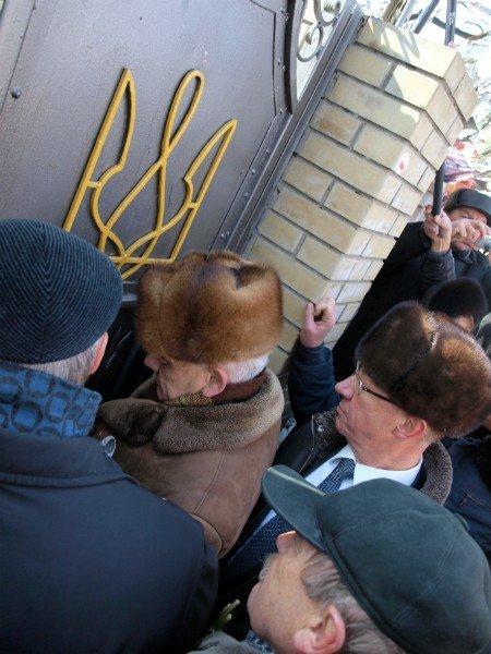 Цветы и торт к Тимошенко 8 марта не попали (фоторепортаж), фото-12
