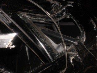 На Львівщині 18-річний водій збив пішохода, а згодом протаранив будинок джипом, фото-3