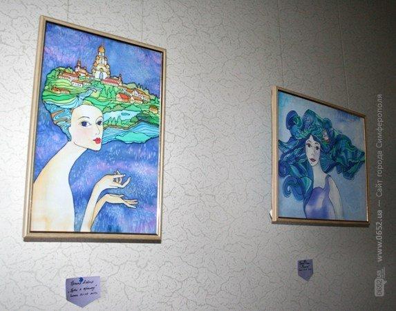 Молодые художники открыли симферопольцам внутренний мир женщины (фото), фото-1