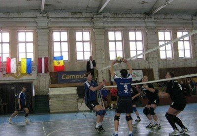 У Львові ветерани змагатимуться у волейбол за кубок пам'яті, фото-1