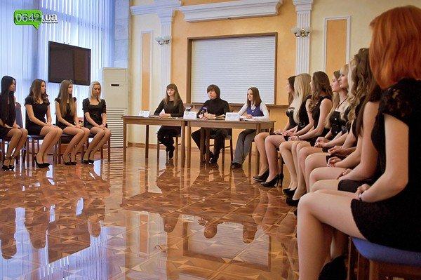 Организаторы «Мисс Луганщина 2012» рассказали какие подарки ждут победительниц областного конкурса красоты, фото-3