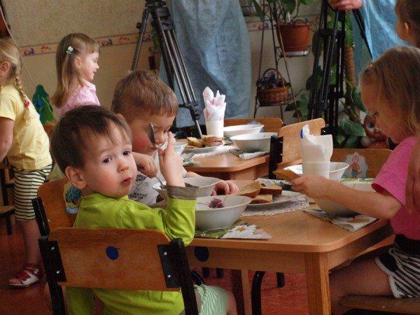 В детских садах Харькова дети недоедают (ФОТО), фото-9