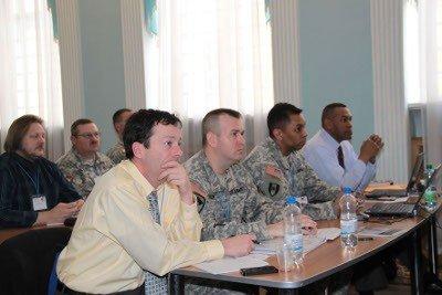 Військових з 15 країн залучили до підготовки військових навчань «Репід Трайдент-2012», фото-1