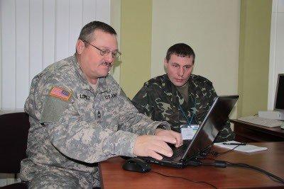 Військових з 15 країн залучили до підготовки військових навчань «Репід Трайдент-2012», фото-2