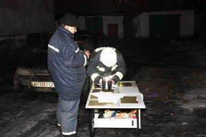 Ночью в Макеевке сгорела крыша двуэтажного дома (фото), фото-2