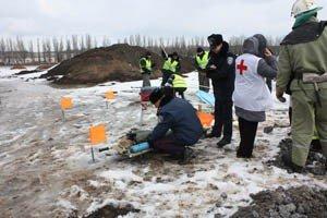 Как в Донецке спасали пассажиров загоревшегося и совершившего аварийную посадку «Боинга-737» (фото), фото-5
