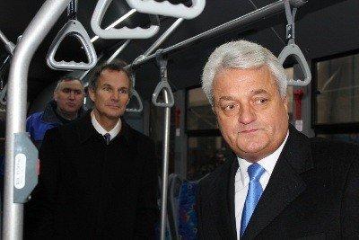 Британський посол оглянув виробництво Львівського автобусного заводу, фото-2