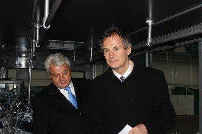 Британський посол оглянув виробництво Львівського автобусного заводу, фото-1