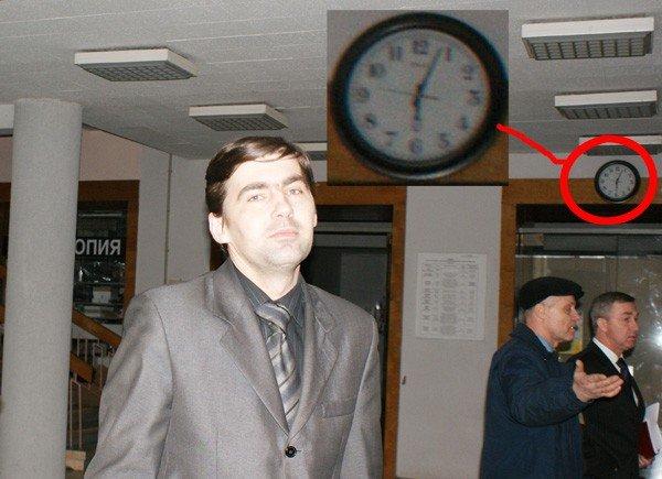Мэр Горловки скрывает, зачем пригласил к себе студентов иняза. Те же не открывают тайну, боясь, что их отчислят, фото-1