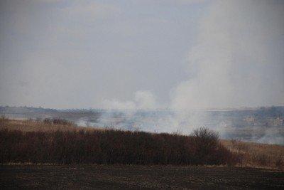 На Львівщині через спалювання минулорічного листя горять торф'яники та гектари сухої трави, фото-8