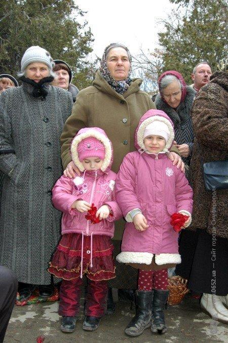 В Крым привезли мощи младенцев, убиенных Иродом в Вифлееме (фото), фото-2