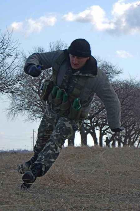 В Крыму морпехи обезвредили террориста-смертника (фото), фото-2