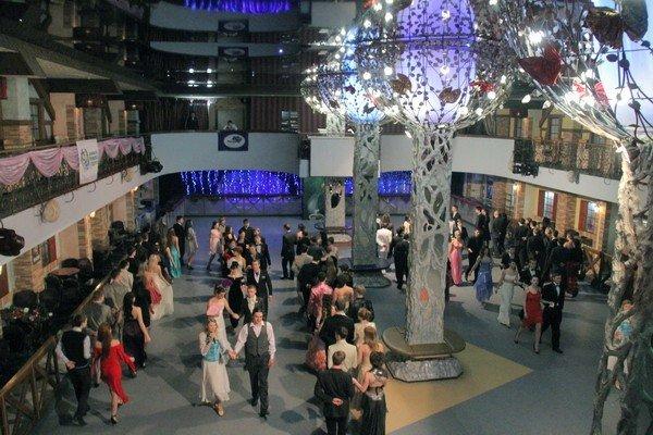 В Харькове прошел весенний молодежный бал (ФОТО), фото-6