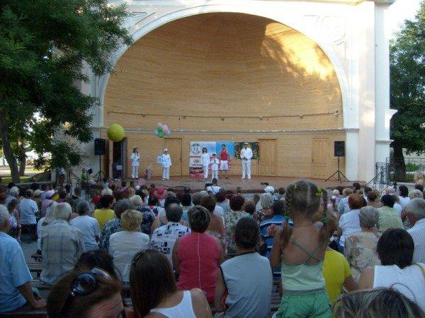 С 21 марта по 21 сентября 2012 года в Севастополе и городах АР Крым пройдет Крымский фестивальный тур «Верность детству», фото-4
