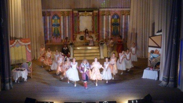 В Артемовске театралы хотят блистать не только на главной сцене города, но и на телевизионном экране, фото-2