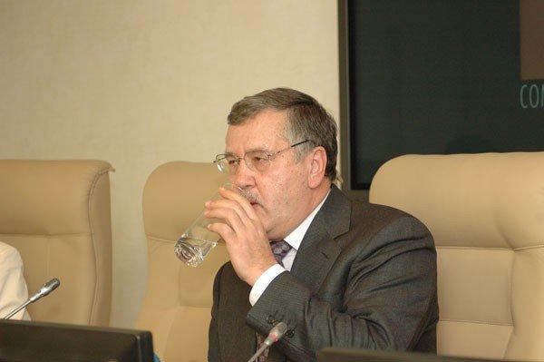 Анатолий Гриценко: После президентских выборов «Партия Регионов» будет распущена, а ее руководство пойдет под суд (ФОТО), фото-2