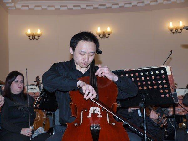 В Харькове состоялся концерт иностранных студентов и Молодежного оркестра «Слобожанский» (ФОТО), фото-2