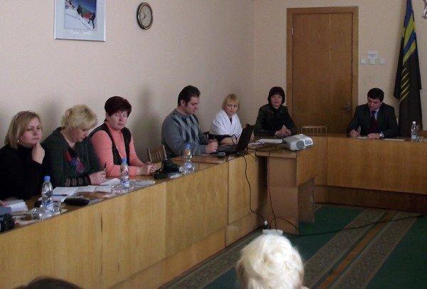 Делегации из Белоруссии понравилось, как в Горловке умеют тратить деньги. Однако им не сообщили, что городу не хватает хозяина, фото-1