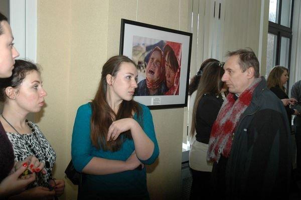 В галерее «Мистецтво Слобожанщины» открылась выставка «Война крадет детство» (ФОТО), фото-5