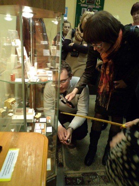 Белорусам понравился горловский музей миниатюрной книги, фото-3