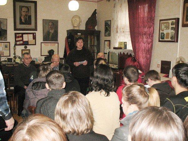 В музее истории Горловки отпраздновали Всемирный день поэзии, фото-1