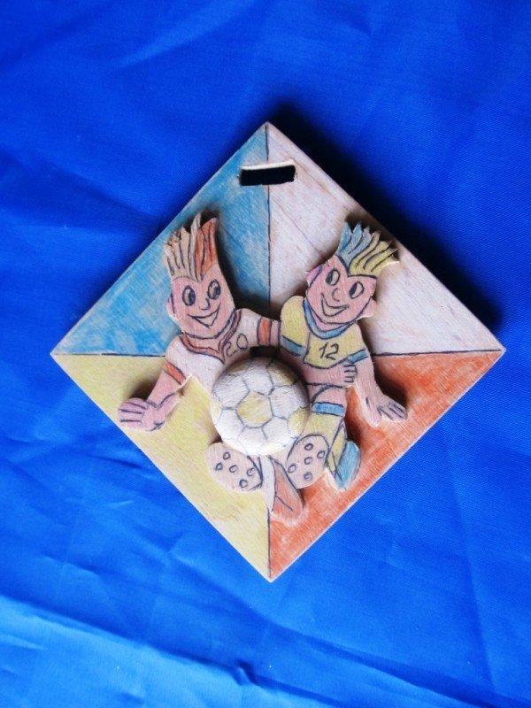 В Артемовске школьники представили медали к Евро-2012, фото-3