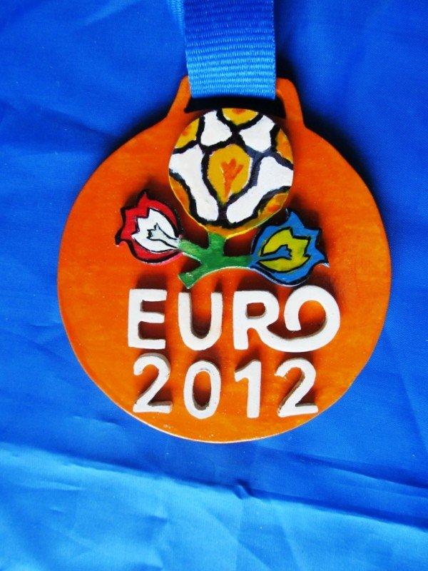 В Артемовске школьники представили медали к Евро-2012, фото-5