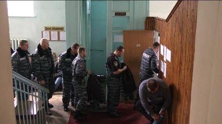 Донецкие милиционеры подключились к спасению Оксаны Макар (фото), фото-1