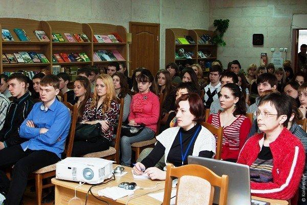 Михаил Голубович принял участие в проекте «Личности» в луганской библиотеке для юношества (ФОТО), фото-2