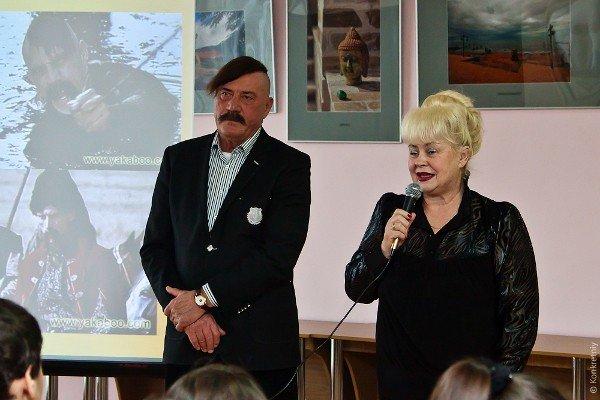 Михаил Голубович принял участие в проекте «Личности» в луганской библиотеке для юношества (ФОТО), фото-1