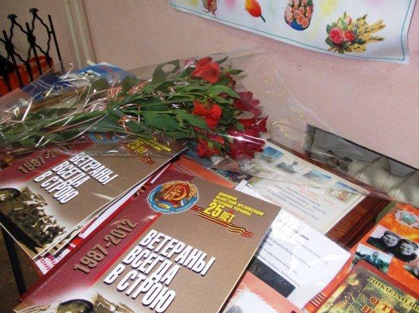 Ветераны выпили боевые сто грамм с мэром Артемовска, фото-12