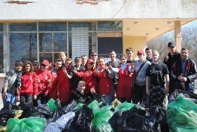 Екофани Львова зібрали майже тонну сміття під час толоки в парку «Горіховий гай», фото-6