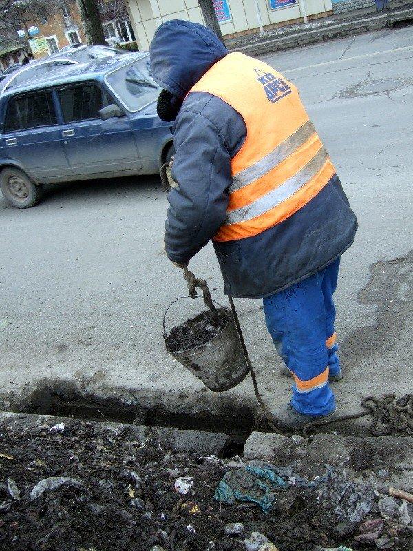 В Донецке предпринимают «героические» усилия по очистке ливневых стоков (фото), фото-3