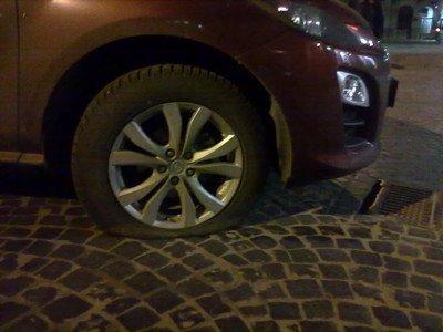 Як «москалі» у Львові паркуються, фото-5