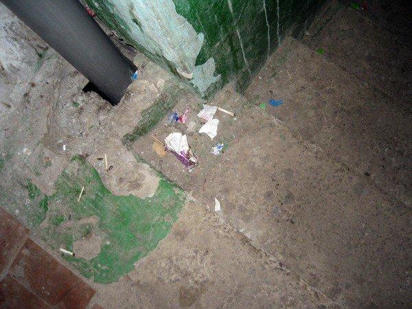 Где год назад был асфальт – сейчас катакомбы, - горловчане продолжают пополнять рубрику «Поможем власти», фото-2
