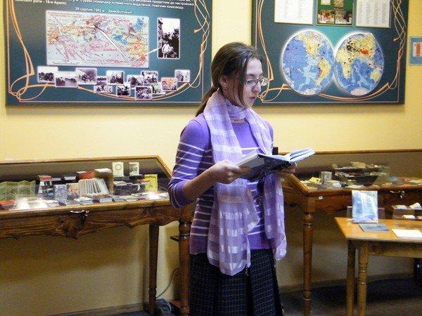 В Музее миниатюрной книги прошла презентация новых книг, посвящённая 80-летию Донбасса, фото-4