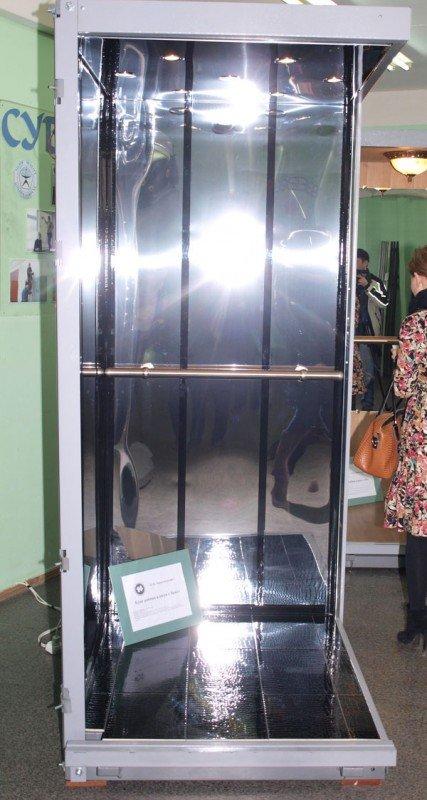 Конструкторы КП «Харьковгорлифт» изобрели лифт с люстрой (ФОТО), фото-3