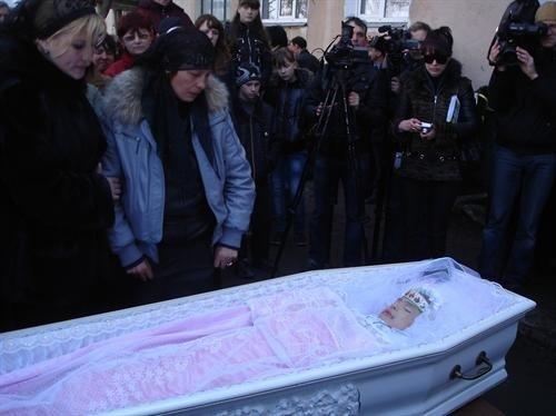 На похороны Оксаны Макар пришли сотни людей (фото), фото-4