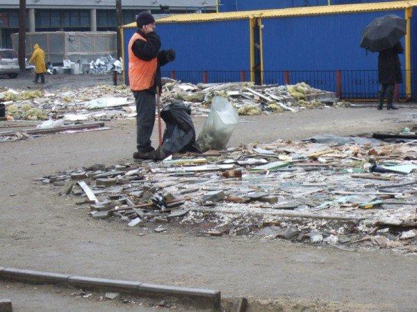 С Привокзальной площади в Донецке снесли торговые павильоны (фото), фото-1